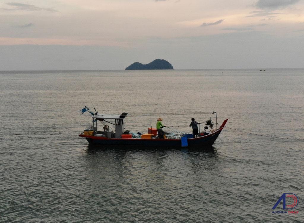 [FOTO] Nelayan rugi akibat projek tambakan laut